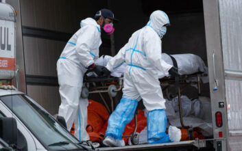 Κορονοϊος: Πάνω από 2000 νεκροί μέσα σε ένα 24ωρο στις ΗΠΑ