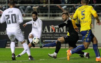 Ισπανός ποδοσφαιριστής για κορονοϊό: Δεν παίζω ούτε για 5 δισ., προτιμώ να τρώω ψωμί με λάδι