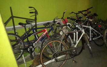 Παλιά ποδήλατα βγαίνουν από τη... ναφθαλίνη λόγω κορονοϊού