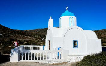 Τα όμορφα εκκλησάκια στην Αμοργό