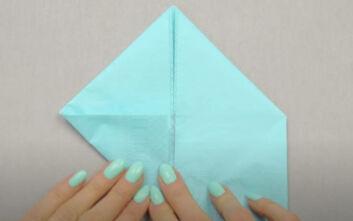 Πώς να κάνετε σχέδιο στην πετσέτα για το πασχαλινό τραπέζι
