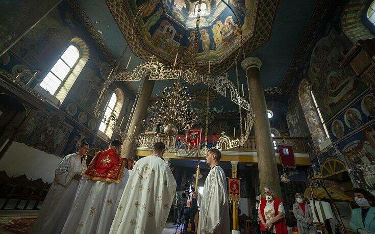 Κορωνοϊός: Το Πάσχα των Ορθοδόξων στον κόσμο εν μέσω πανδημίας (photos)