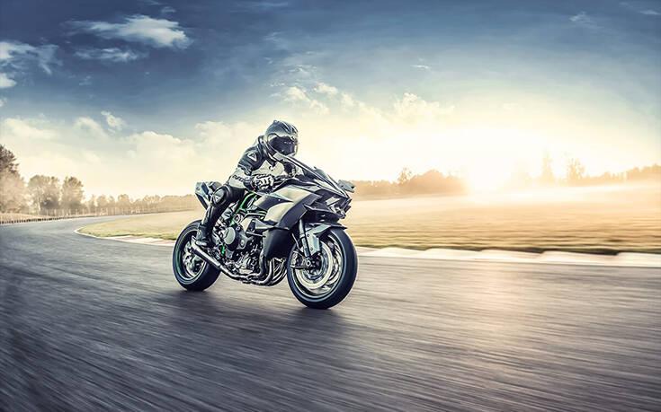Η μοτοσυκλέτα που πιάνει τα 400 χλμ/ώρα – Newsbeast