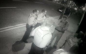 Η Αστυνομία πήρε λάθος «σήμα» και έκανε έφοδο σε κλειστό comedy club του Λίβερπουλ