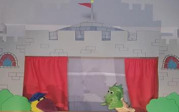 Νηπιαγωγός δημιούργησε παράσταση κουκλοθέατρου για τον κορονοϊό