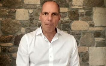 Βαρουφάκης: «Σχέδιο Μετάβασης στη 2η Φάση» για την αντιμετώπιση της πανδημίας