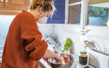 Κορονοϊός: Η μαγειρική η απόλυτη νικήτρια της καραντίνας