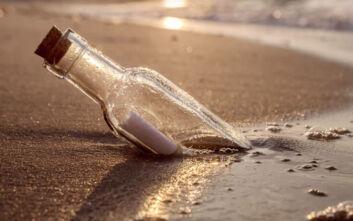 Message in a bottle στη Σκιάθο: Μήνυμα καραντίνας ταξίδεψε από τη Λέσβο μέχρι την παραλία Αχλαδιές