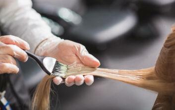 Τι χρώμα να βάψεις τα μαλλιά σου τώρα που άνοιξε ο καιρός