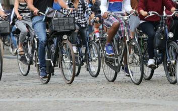 Μπόνους για την αγορά ηλεκτροκίνητων αυτοκινήτων, σκούτερ και ποδηλάτων