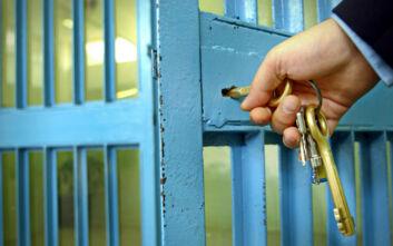Ένωση Ελλήνων Εφοπλιστών: Χορηγία στο υπ. Προστασίας του Πολίτη για την καλύτερη διαβίωση κρατουμένων στις φυλακές