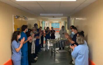 Κορονοϊός: Συγκίνηση και χειροκροτήματα για τρεις ασθενείς που αποσωληνώθηκαν στη Λάρισα