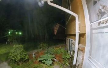 Κάμερα ασφαλείας σπιτιού κατέγραψε πτώση μετεωρίτη