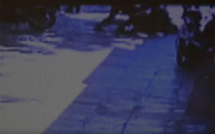 Καταγγελία για αστυνομική βία στα Σεπόλια και άγριο ξυλοδαρμό νεαρού – Βίντεο από το περιστατικό
