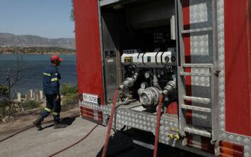 Σε ύφεση η φωτιά στα Μέγαρα - Δεν κινδύνευσαν σπίτια