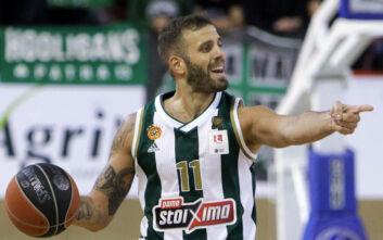 Νίκος Παππάς σε εξομολόγηση ψυχής: Ντρέπομαι να πω ότι είμαι μπασκετμπολίστας
