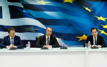 Οι ανακοινώσεις των υπουργών για τα μέτρα στήριξης της εργασίας, της οικονομίας και του τουρισμού
