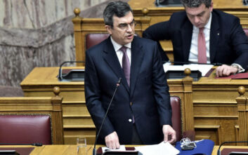 Οικονόμου: Ο ΣΥΡΙΖΑ εμπιστεύεται περισσότερο τον Ρουβίκωνα από τις δημόσιες αρχές