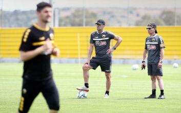 Καρέρα στους παίκτες της ΑΕΚ: Έχουμε δύο στόχους να πετύχουμε, οι... διακοπές τελείωσαν