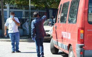 Ένταση στον οικισμό Ρομά στη Λάρισα – Δεν έγινε η μεταφορά των κρουσμάτων στην «Αρωγή»