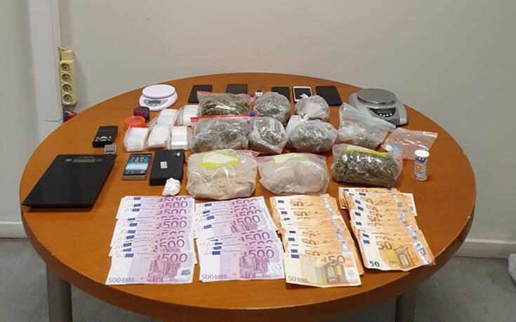 «Ξηλώθηκε» σπείρα που διακινούσε ναρκωτικά σε Κολωνό και Περιστέρι