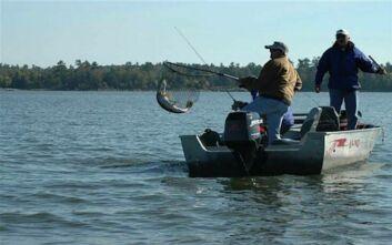 Βοήθεια προς τους ψαράδες και επαναλειτουργία εθνικών πάρκων, ανακοίνωσε ο Τριντό