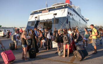 Το νέο πρόγραμμα κοινωνικού τουρισμού: Επιδότηση ακτοπλοϊκών εισιτηρίων, περισσότεροι δικαιούχοι