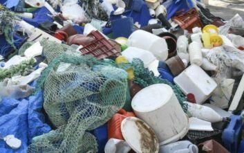 Προχωρά το νομοσχέδιο για την απόσυρση των πλαστικών μιας χρήσης στην Ελλάδα