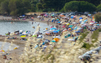 Κοινωνικός τουρισμός: Ανοίγουν οι αιτήσεις για 300.000 εργαζόμενους και ανέργους