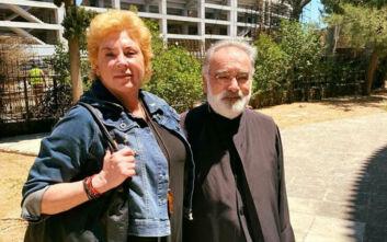 Αγνώριστη η Δήμητρα Λιάνη, πήγε στην εκκλησία – Τι είπε για τη Θεία Κοινωνία