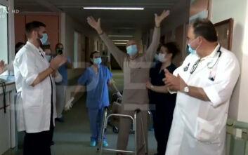 Πήρε εξιτήριο από το νοσοκομείο την ημέρα που έκλεισε 60 χρόνια γάμου με τη σύζυγό του