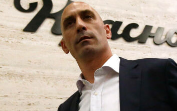 Σε δίκη οδηγείται ο πρόεδρος της Ισπανικής Ποδοσφαιρικής Ομοσπονδίας για βιαιοπραγία σε γυναίκα