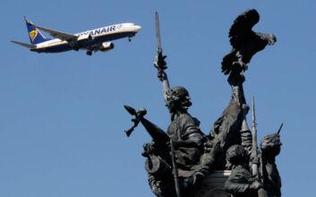 Ryanair: 3.500 απολύσεις εάν δεν υπάρξει συμφωνία για μείωση μισθών