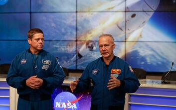 Ποιοι είναι οι δύο αστροναύτες της NASA που θα ταξιδέψουν στην ιστορική αποστολή SpaceX