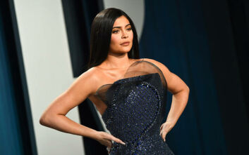 To Forbes εκθέτει την Kylie Jenner και την κατηγορεί για ψευδή οικονομικά στοιχεία