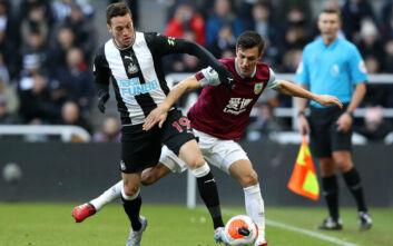 Premier League: Διστακτικοί οι παίκτες να υπογράψουν τον κανονισμό για τον κορονοϊό