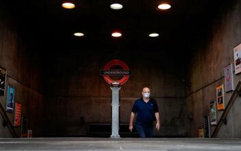 Λιγότεροι επιβάτες κατά 85% σε μετρό και λεωφορεία στο Λονδίνο