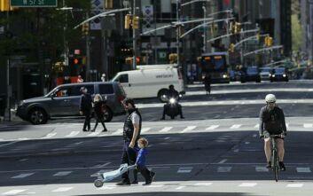 Νέα Υόρκη - Κορονοϊός: Ο κυβερνήτης Άντριου Κουόμο προειδοποιεί για το «άνοιγμα» των πολιτειών