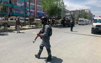 Στόχος επίθεσης ο Αφγανός αντιπρόεδρος- Ο ίδιος γλίτωσε, δύο άνθρωποι σκοτώθηκαν