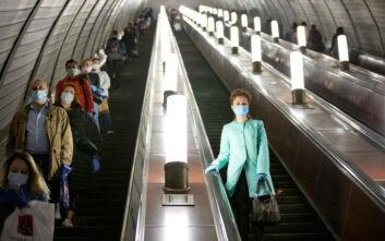 Σε καθεστώς περιορισμών η Μόσχα μέχρι να βρεθεί το εμβόλιο για τον κορονοϊό