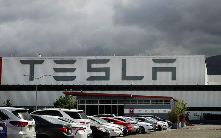 Τόσο πλουσιότερος έγινε ο Elon Musk πιάνοντας τον πρώτο στόχο παραγωγικότητας – Newsbeast