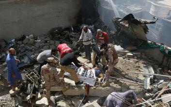 Αεροπορικό δυστύχημα στο Πακιστάν: «Σήμα κινδύνου από τον πιλότο για απώλεια ισχύος στους κινητήρες»