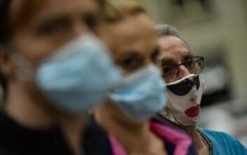 Στους δρόμους της Μαδρίτης ιατρικό και νοσηλευτικό προσωπικό