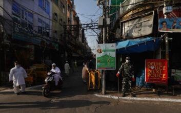Μέσα σε μια μέρα η Ινδία είχε 6.977 νέα κρούσματα