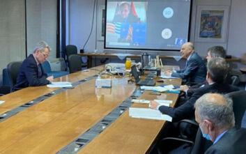 Τηλεφωνική επικοινωνία Νίκου Δένδια με τον πρέσβη των ΗΠΑ στη Λιβύη