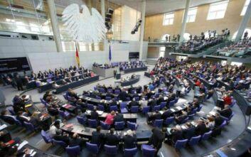Κυανόκρανους στη Λιβύη θέλει ο Νόρμπερτ Ρέτγκεν