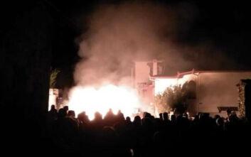 Έβαλαν φωτιά σε ξενοδοχείο που θα φιλοξενούσε πρόσφυγες στην Πέλλα