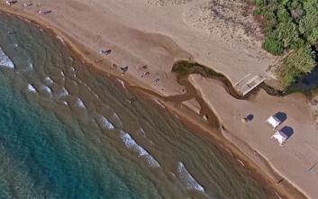 Μία από τις άγνωστες παραλίες της Πελοποννήσου