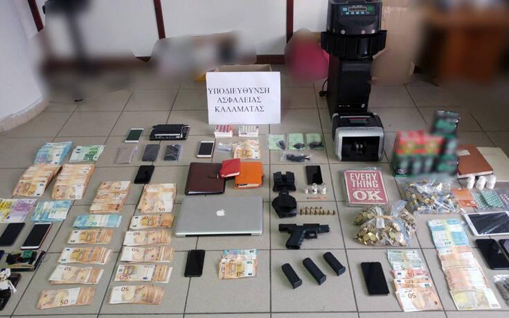 Εξαρθρώθηκε κύκλωμα εκβιασμών και «ξεπλύματος» χρημάτων σε Αθήνα και Καλαμάτα – Πώς δρούσαν τα μέλη του