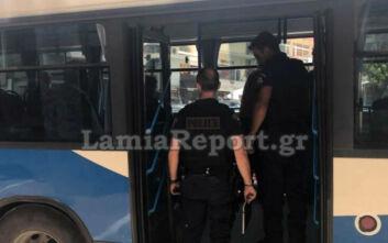 Επιβάτες στη Λαμία δεν φορούν μάσκες στα λεωφορεία: «Δεν υπάρχει κορονοϊός, είναι όλα συνωμοσίες»